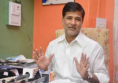 Mete threatens to resign over non-inclusion in Maharashtra Cabinet