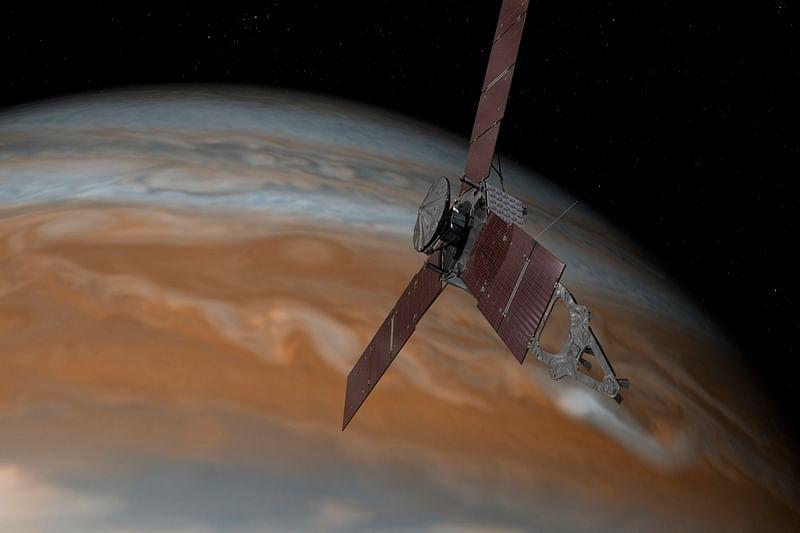 NASA's Juno spacecraft set to refine orbit around Jupiter