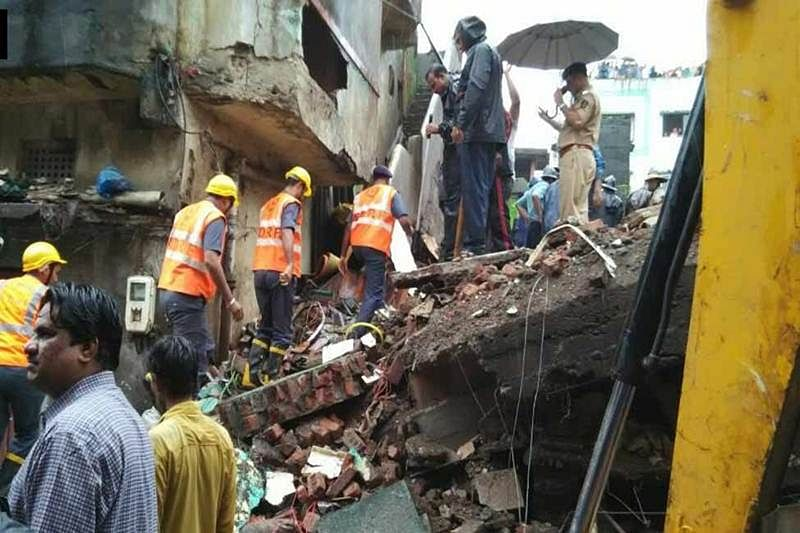 Better late than never: Civic body starts demolition of unsafe building in Bhiwandi
