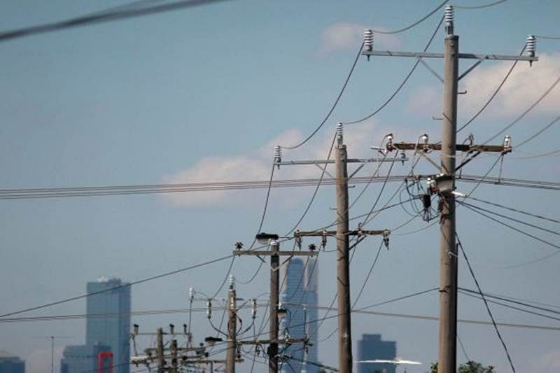 REC gets board okay for sale of arms to Adani Transmission, Power Grid