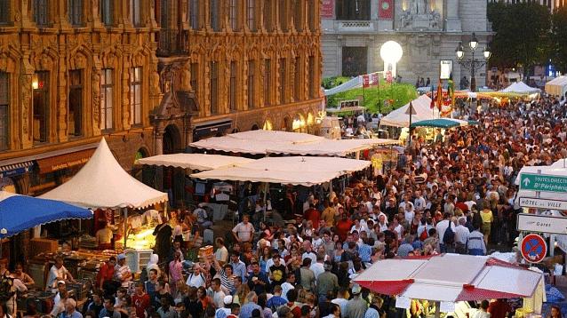 Europe's oldest flea market closed on safety concerns