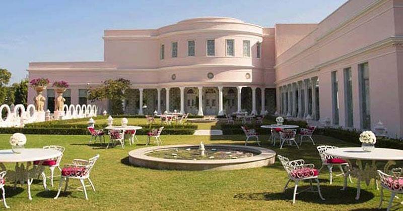 Royalty takes to street in Jaipur