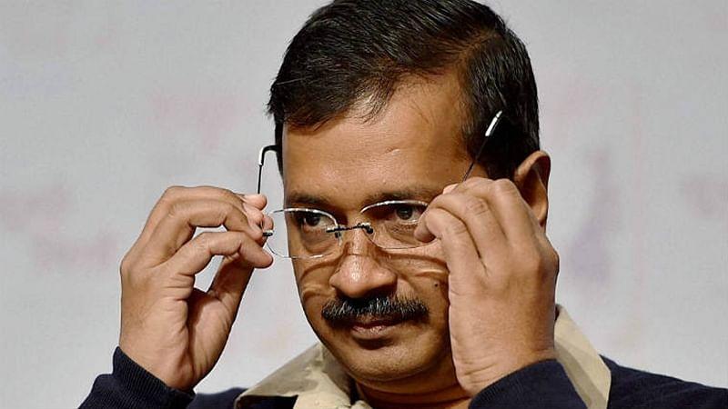 Arvind Kejriwal seeks Hardik Patel's support to 'clean' Gujarat politics