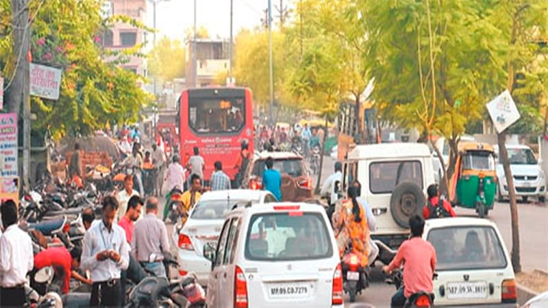 Jams are a daily occurrence at Patrakar Square