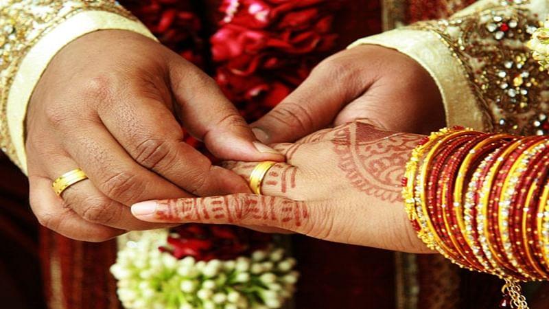 Indonesia raises minimum age for brides to 19
