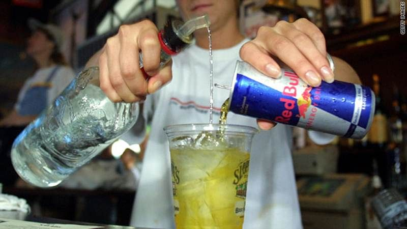 Alcohol mixed with energy drink causes similar risk as cocaine