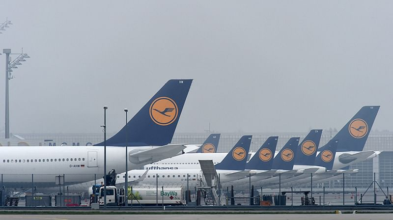 Ireland: Late passenger tries to halt plane at Dublin airport, arrested