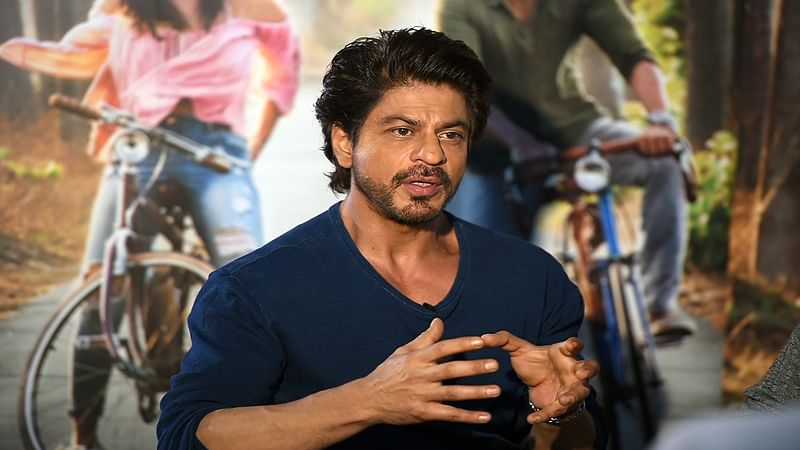 I don't connect to stories, I connect to people, says Shah Rukh Khan