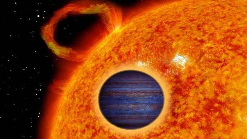 Dense 'hot Jupiter' exoplanet discovered