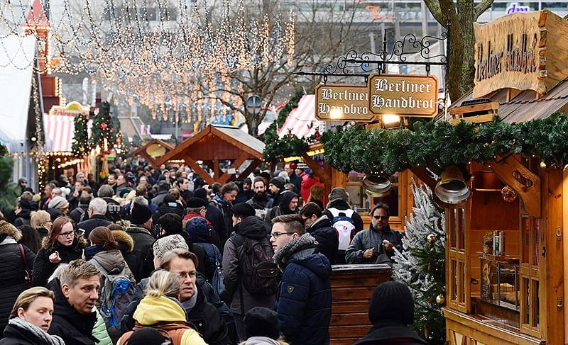 Barcelona on alert after US warns of Christmas attack