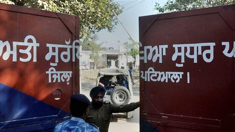 Nabha jailbreak: Harminder Singh Mintoo to be produced before court on 3 Jan