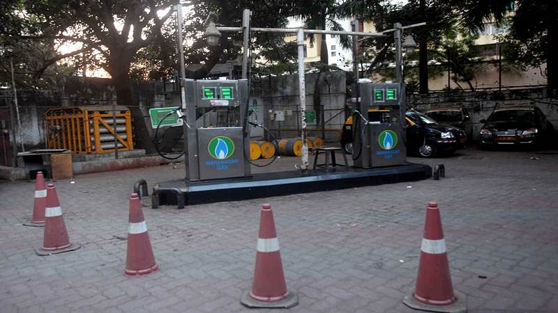 Mumbai: CNG outlets forcibly shut, office-goers hit