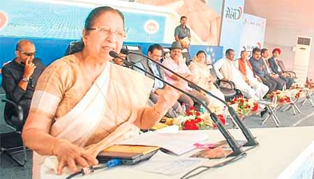 Indore: PM wants digital transaction at paan shops in Rajwada area says Sumitra Mahajan