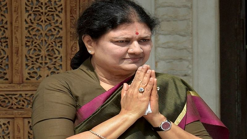 Governor to reach Chennai; Sasikala herds party MLAs