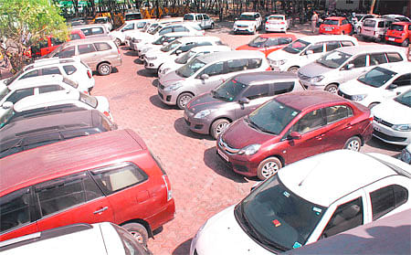 Indore: Inter-state gang selling vehicles using forged documents busted