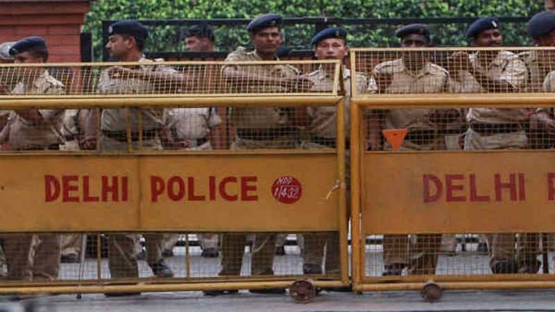 Delhi: Three killed, one constable injured in gang war