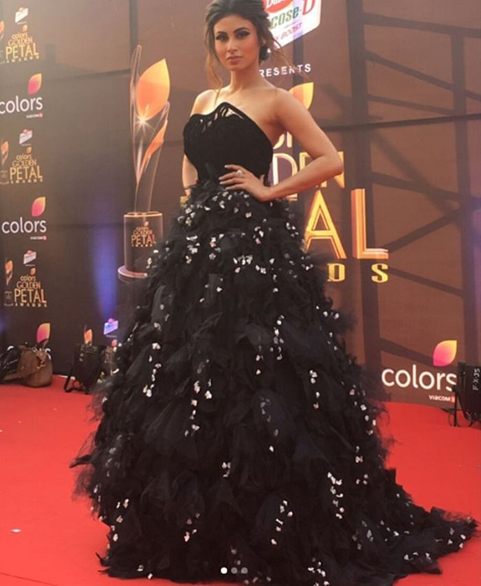 Colors Golden Petal Awards 2017: From Jacqueline Fernandes to Mouni Roy, stars rock the red carpet