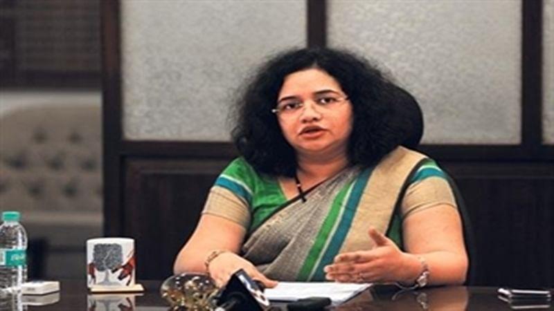 IAS reshuffle: Greater Mumbai collector Ashwini Joshi is shifted out