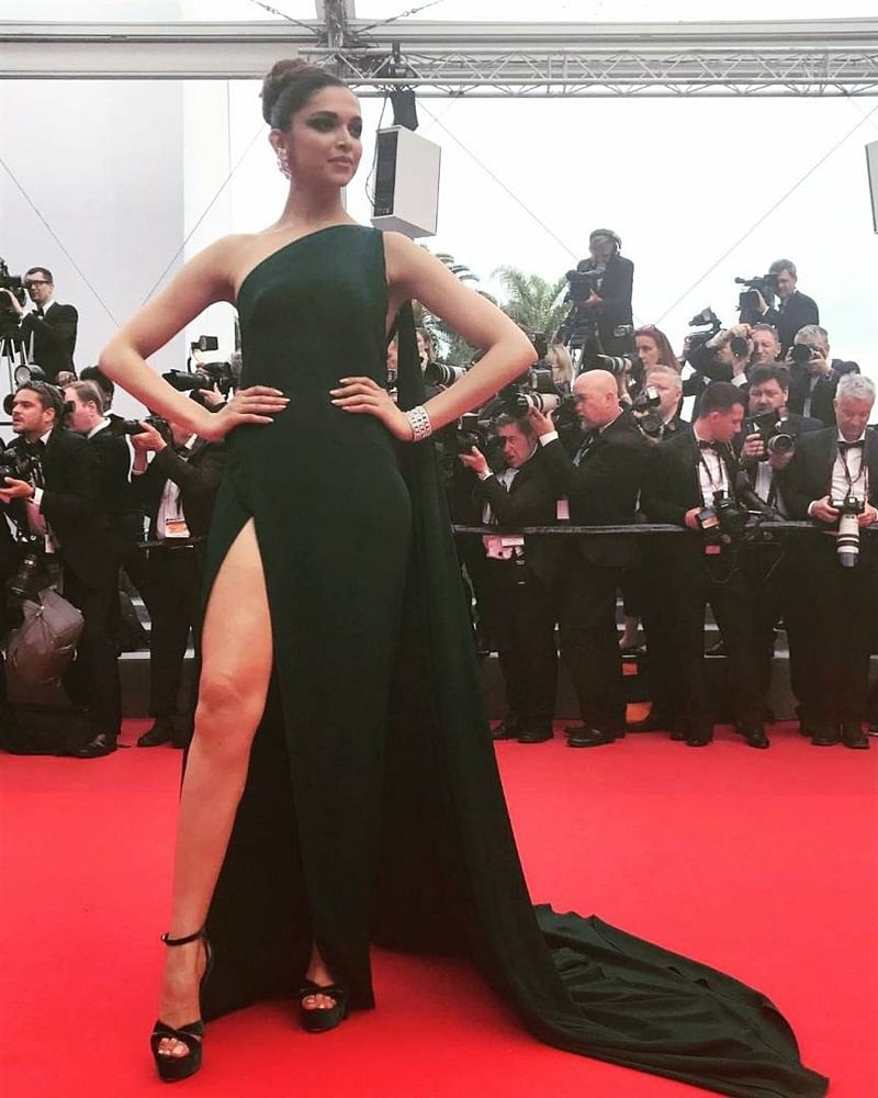 Cannes 2017 Day 2: Deepika Padukone shines bright like a diamond at Cannes Film Festival