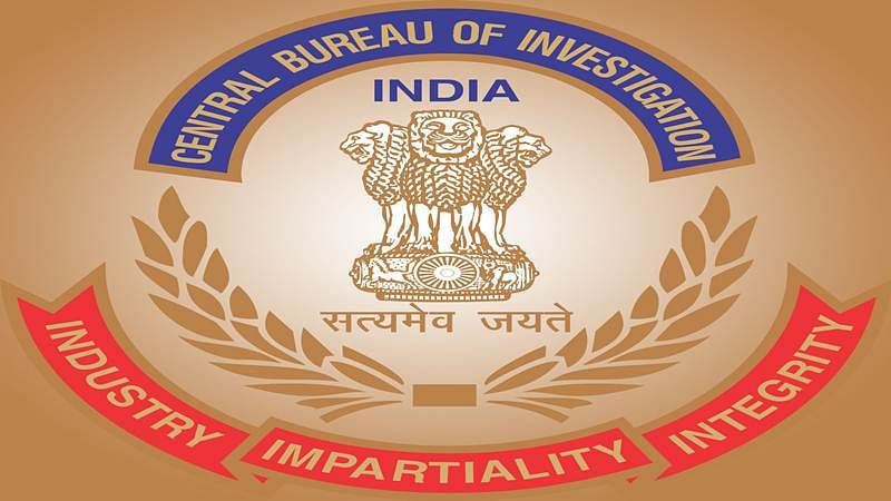 Lt Col, middleman arrested in Army transfer racket