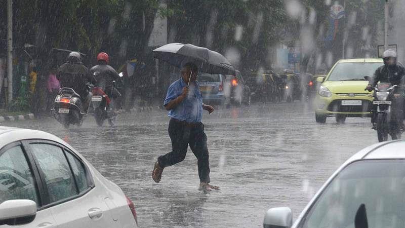 Mumbai: Incessant rains lash city, heavy showers likely to continue today