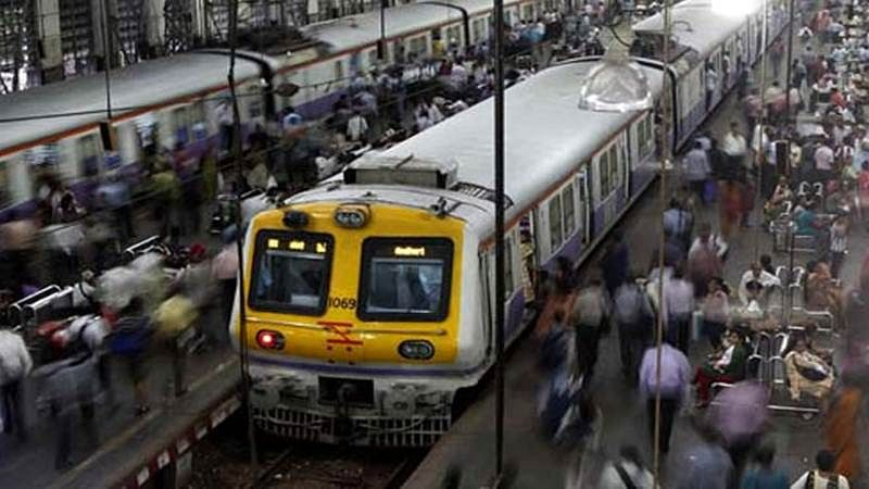 Mumbai: 34-year-old goes on tracks to relieve himself, loses fingers after being hit by local train