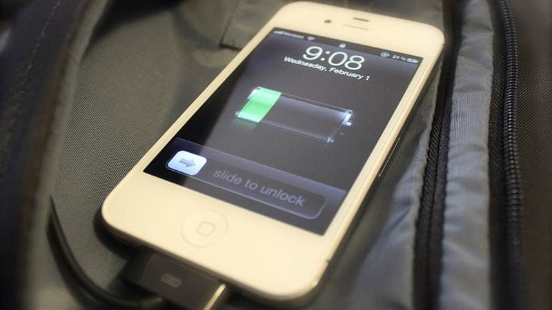 Govt slaps 10% import duty on USB cables for mobile charging
