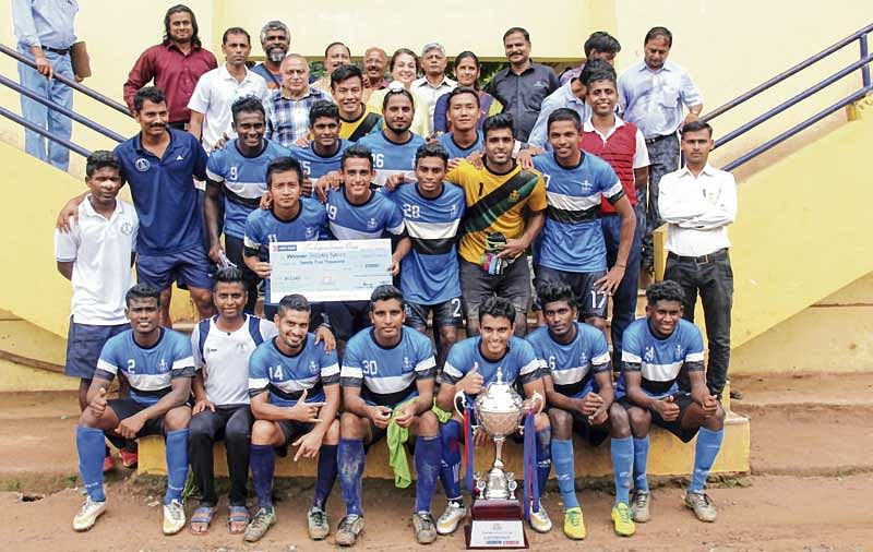 Independence Cup: Fourth succeesive title for the Navy