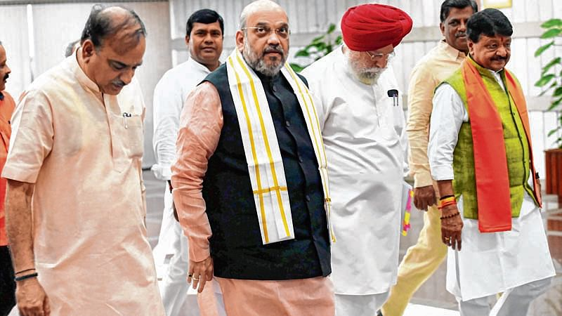 Amit Shah not in a mood to quit as party chief, may continue till year-end