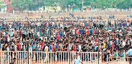 Bhopal: Ditched by state govt, claims IAF as chaos reigns in recruitment rally