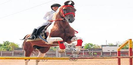 Indore: Human Dynamo Little rider on the storm