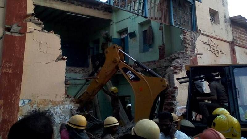 TN: 8 dead after ceiling of bus depot rest room collapse in Nagapattinam, CM announces Rs.7.5 lakh compensation