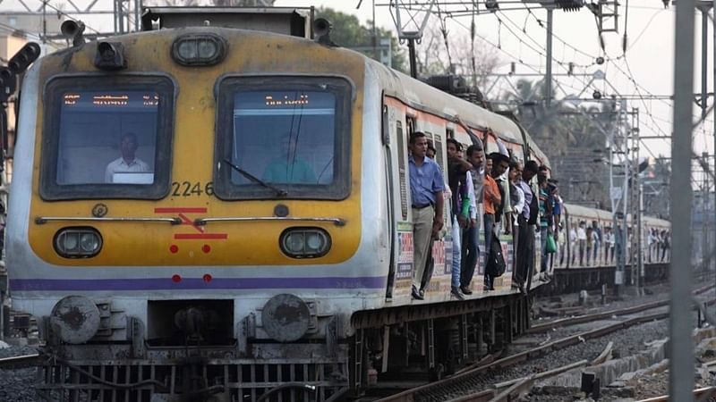 Mumbai: Services on trans-harbour line affected due to tech problem