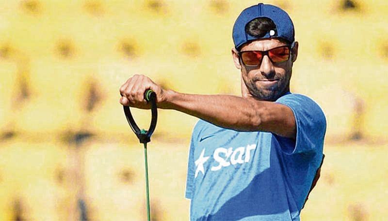 Ashish Nehra set to retire from int'l cricket on Nov 1