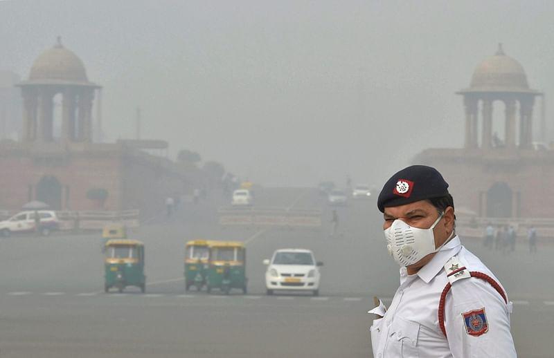 Rain, snow in Jammu and Kashmir will reduce Delhi smog: Met Office