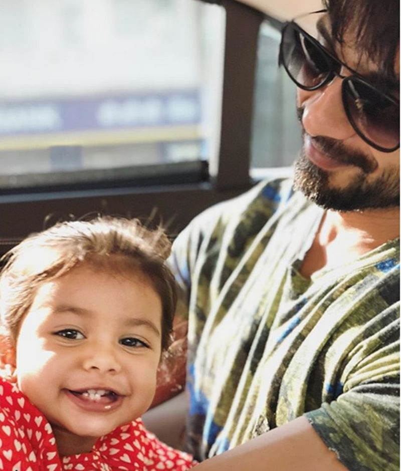 Lovely Pic! Mira Rajput's 'happiness' is smiling Shahid Kapoor and cute Misha in new still
