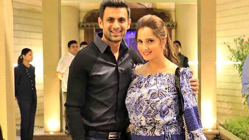 Journalist blames Shoaib Malik for Pakistan's Asia Cup failure, Sania Mirza hits back with epic reply