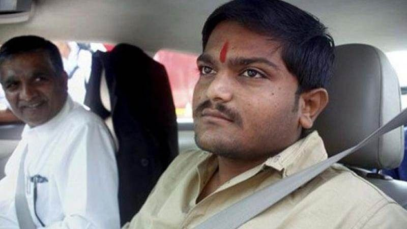 FIR against Hardik Patel for holding roadshow without permission