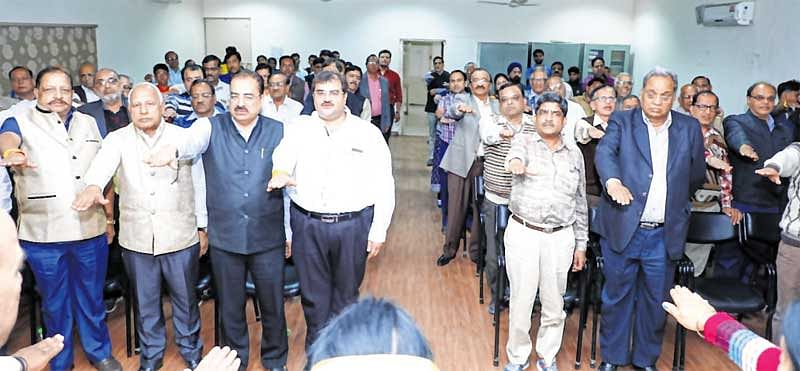 Indore: Industrialists pledge to fight for cleanliness, retain No.1 tag