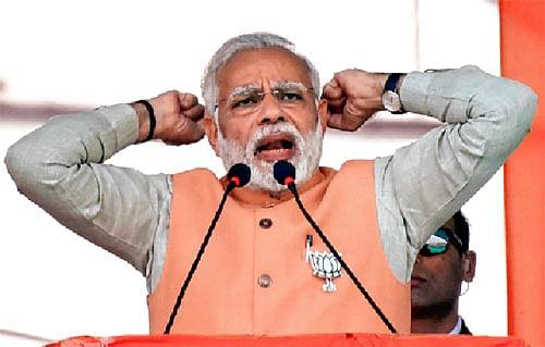 Modi takes dig at Rahul's Somnath visit