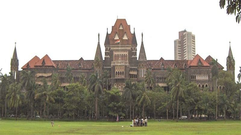 Can't trust Sohrab's bros over Prajapati presence in bus: Bombay High Court