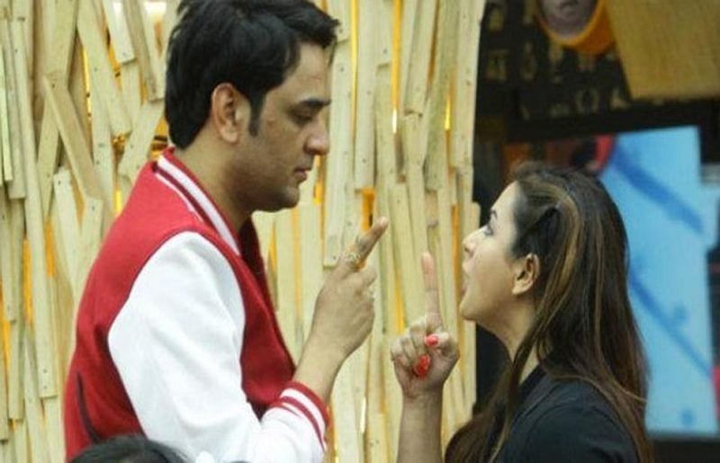 Shilpa Shinde laughs off Vikas Gupta's snakebite injury in Khatron Ke Khiladi 9; watch video