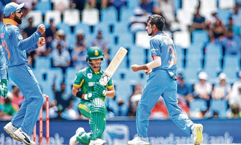 India demolishes South Africa