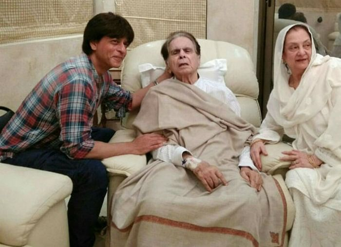 These 7 Similarities between Dilip Kumar and Shah Rukh Khan will leave you awestruck