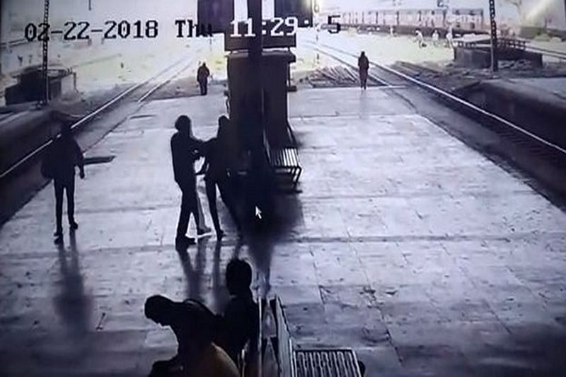 Navi Mumbai: 21-year-old woman molested at Turbhe railway station, accused held