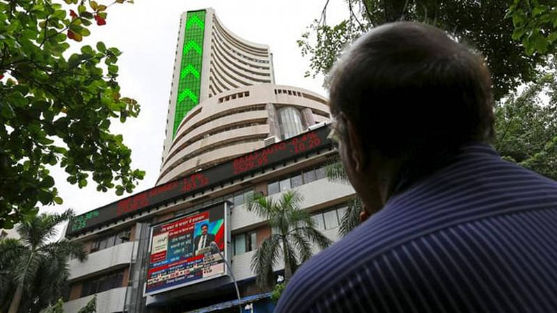 Sensex snaps 9-day fall, strongly rebounds with 404 pts