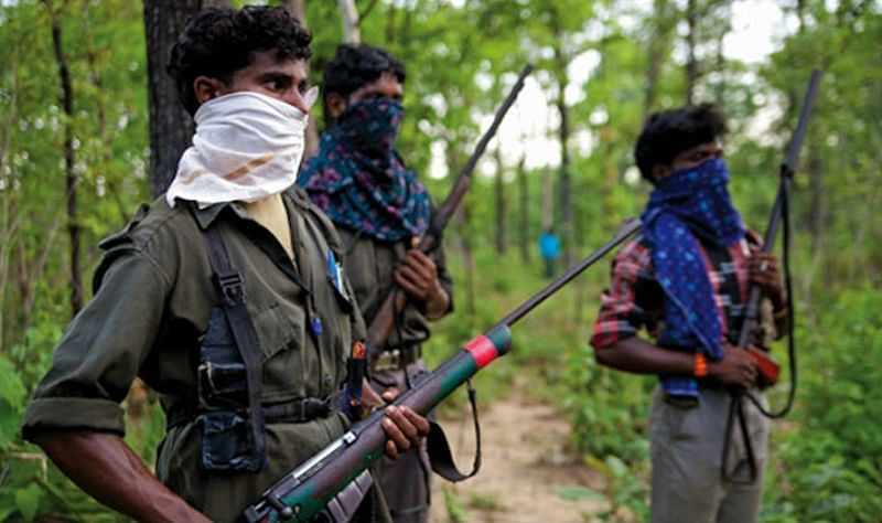 CRPF jawan hurt in blast by Naxals in Maharashtra