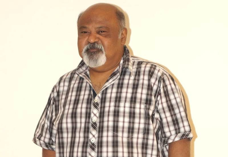 Heroes of movies of 1980s were Stalkers, says Saurabh Shukla