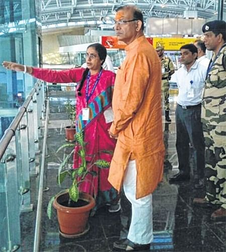 Indore: Jayant Sinha inquires about international flights to start from city