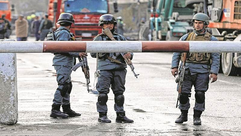 Suicide blast rocks Kabul, 7 killed